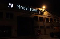 Reclamo Luminoso Modelstone_3